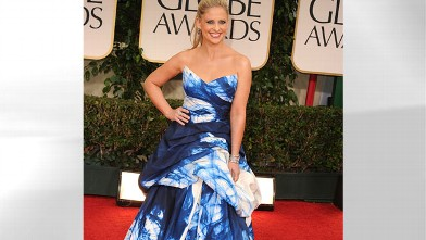 PHOTO: Sarah Michelle Gellar arrives at the 69th Annual Golden Globe Awards at The Beverly Hilton hotel, Jan. 15, 2012 in Beverly Hills, Calif.