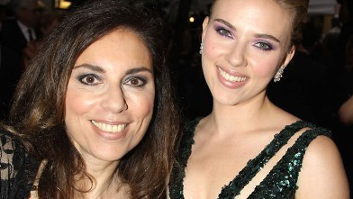 PHOTO: Scarlett Johansson and mother attend the 64th Annual Tony Awards at Radio City Music Hall, June 13, 2010 in New York City.