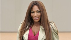 PHOTO: Serena Williams arrives at Burberry Menswear Spring/Summer 2014 at Kensington Gardens, June 18, 2013 in London.