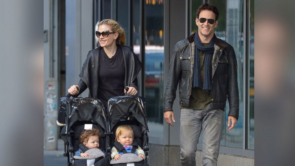 PHOTO: Anna Paquin and Stephen Moyer with their twins, Poppy Moyer and Charlie Moyer are seen on November 10, 2013 in New York City.