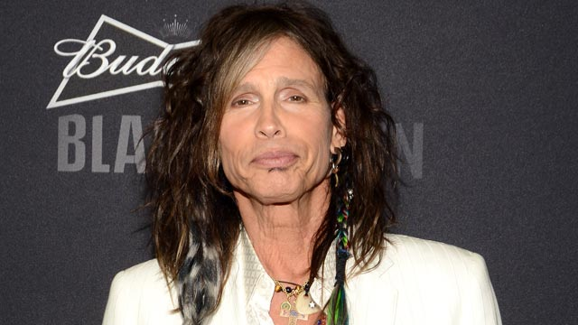 PHOTO: Steven Tyler arrives at The Voice Health Institute's Raise Your Voice Benefit at Beverly Hills Hotel, Jan. 24, 2013, in Beverly Hills, Calif.