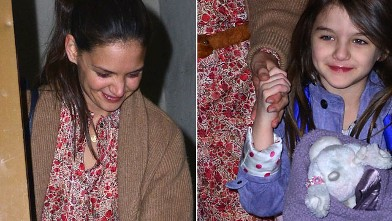 PHOTO: Katie Holmes and daughter Suri Cruise are seen on the streets of Manhattan, March 27, 2012 in New York City.
