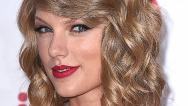 PHOTO: Taylor Swift poses at the 2014 iHeartRadio Music Festival at MGM Grand Garden Arena Sept. 19, 2014, in Las Vegas.