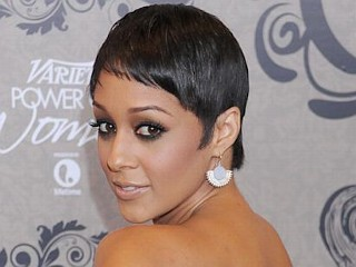 Photos: Tia Mowry Debuts Short Do