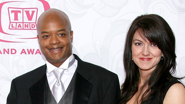 PHOTO: Actor Todd Bridges and wife Dori Smith arrive at the 5th Annual TV Land Awards held at Barker Hangar on April 14, 2007 in Santa Monica, California.
