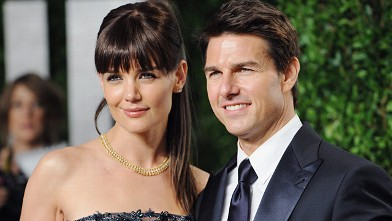 Tom Cruise and wife Katie Holmes arrive at the 2012 Vanity Fair Oscar Party  in Los Angeles, in this Feb. 26, 2012, photo.