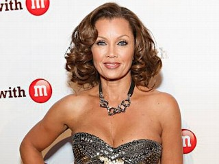 Photos: Vanessa Williams Wows at 50