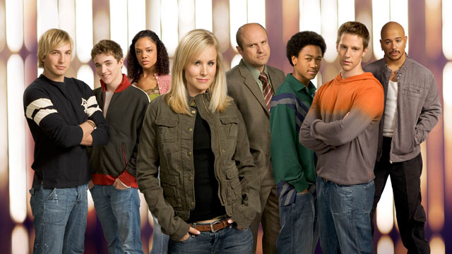 "PHOTO: (Foreground) Kristen Bell, (background, l-r) Ryan Hansen, Kyle Gallner, Tessa Thompson, Enrico Colantoni, Percy Daggs III, Joason Dohring and Francis Capra star in ""Veronica Mars."""