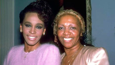 PHOTO: Whitney and Cissy Houston
