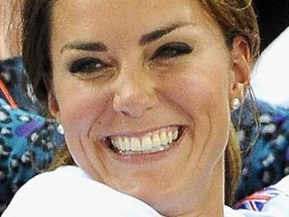 Photos: Kate, William Celebrate with Rare Hug at Olympics