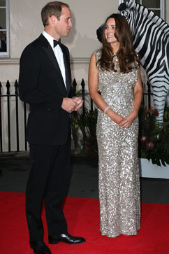 gty william kate dressed up lpl 130912 vblog Kate Middletons First Red Carpet Outing Since Birth of Prince George