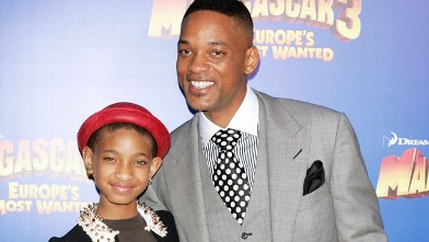 PHOTO: Will Smith and his daughter Willow attend the &quot;Madagascar 3&quot; premiere at the Ziegfeld Theater on June 7, 2012 in New York City.