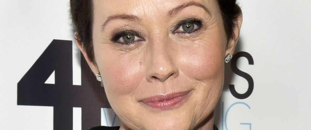 PHOTO: Actress Shannen Doherty attends the Animal Hope and Wellness Foundations 1st annual Gratitude Gala at W Hollywood on March 4, 2017 in Hollywood, California.