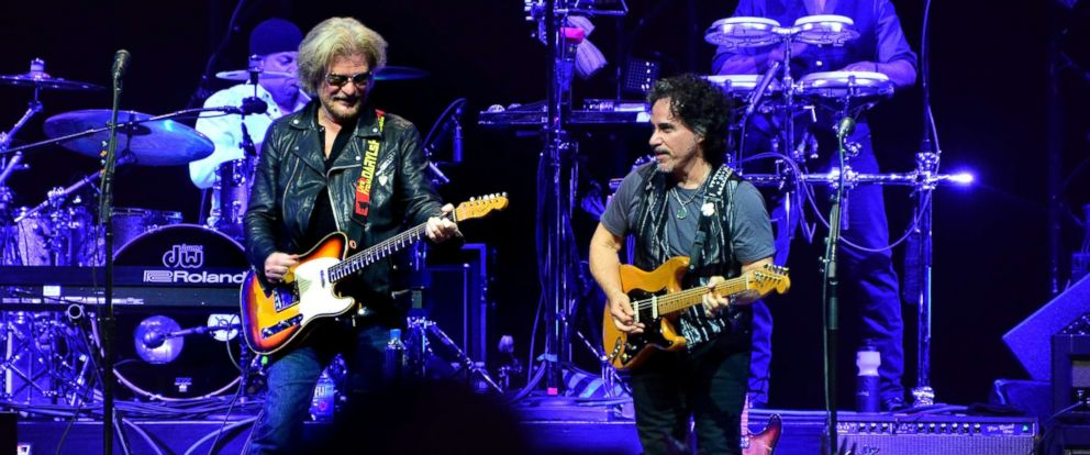 PHOTO: Daryl Hall and John Oates perform during the Daryl Hall & John Oats And Tears For Fears Concert at the Prudential Center, June 17, 2017 in Newark, N.J.