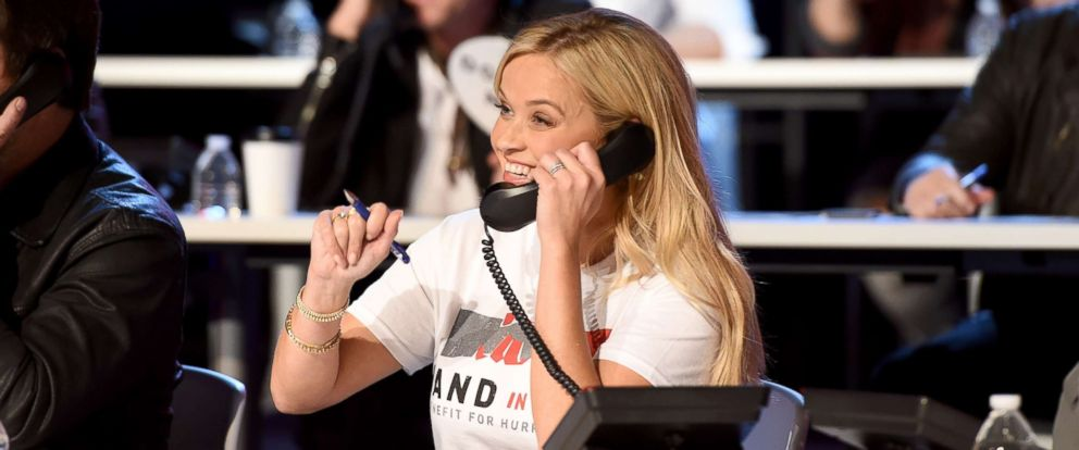 PHOTO: Reese Witherspoon attends Hand in Hand: A Benefit for Hurricane Relief at the Grand Ole Opry House, Sept. 12, 2017, in Nashville, Tennessee.
