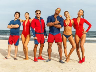 PHOTO: The cast of Baywatch, 2016.