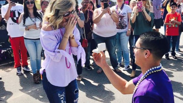 PHOTO: John Galloway, 26, led a flash mob to ask Wendy Hernandez, 23, to marry him at a Mardi Gras celebration in Galveston, Texas.