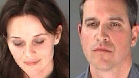 ht Reese ac 130421 wblog Reese Witherspoon Deeply Embarrassed After Arrest