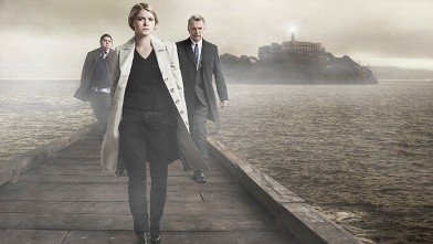 "PHOTO: The FOX drama ""Alcatraz"" follows Sarah Jones (C), Sam Neill (R) and Jorge Garcia (L) as they investigate the shocking reappearance of Alcatraz's most notorious prisoners, 50 years after they vanished."