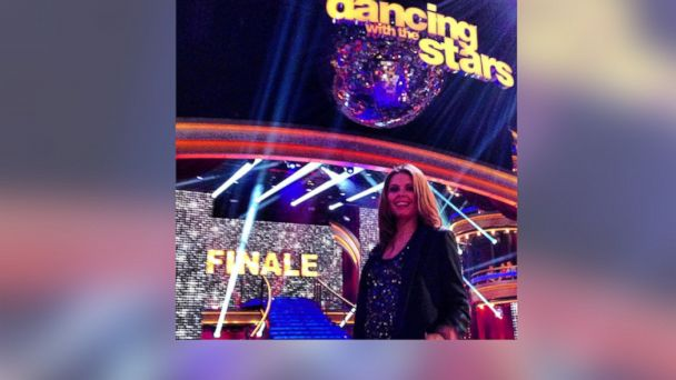 ht anna trebunskaya dwts float kb 131127 16x9 608 Dancing With the Stars 2013: Anna Trebunskayas Take on the Finals From the Ballroom