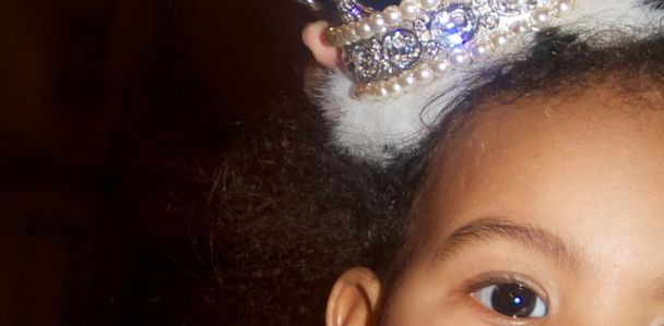 ht blue ivy kb 130628 33x16 608 Beyonce Shares Cute New Photos of Blue Ivy