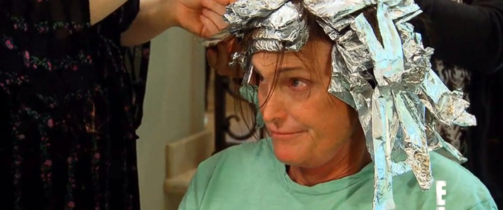 """PHOTO: Bruce Jenner is seen getting highlights in this video grab made from a preview of the next season of """"Keeping Up With the Kardashians."""""""