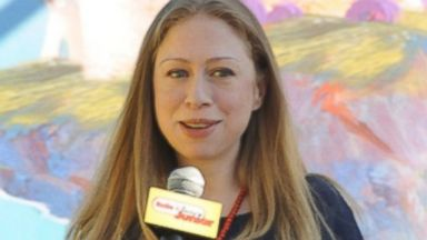 Pregnant Chelsea Clinton Reaches Out to NYC Kids