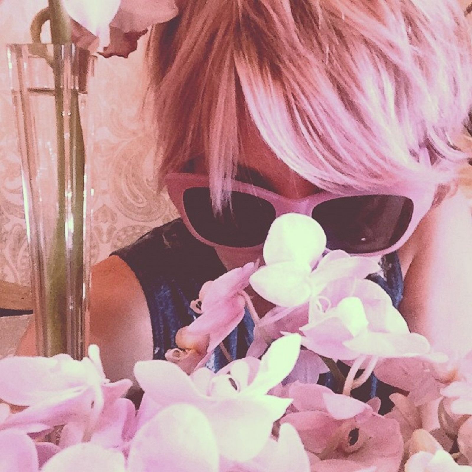 Трахают с розовыми волосами 9 фотография