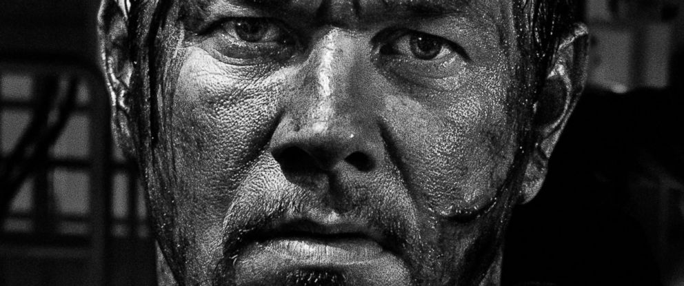 "PHOTO: Mark Wahlberg as Mike Williams in ""Deepwater Horizon."""