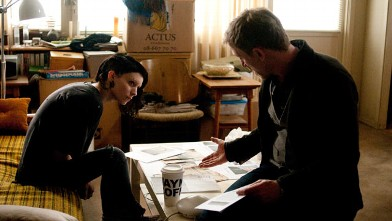 PHOTO: Rooney Mara and Daniel Craig star in Columbia Pictures' &quot;The Girl With The Dragon Tattoo.&quot;