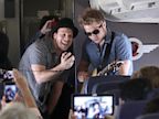 PHOTO: Gavin DeGraw performs on a flight from Phoenix to L.A. as part of
