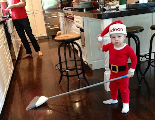 Neil Patrick Harris' Son Shows His Xmas Spirit