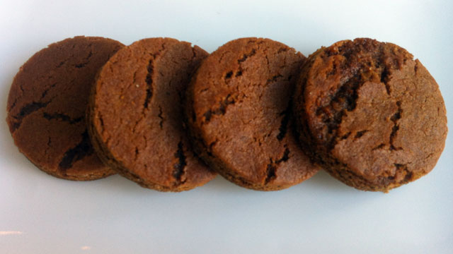 PHOTO: The ginger cookie recipe from Carmine Arroyo of ellabess is shown here.