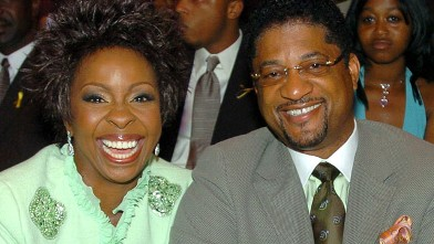 PHOTO: Gladys Knight and William McDowell during 2005 BET Awards - Backstage and Audience at Kodak Theatre in Hollywood, California.