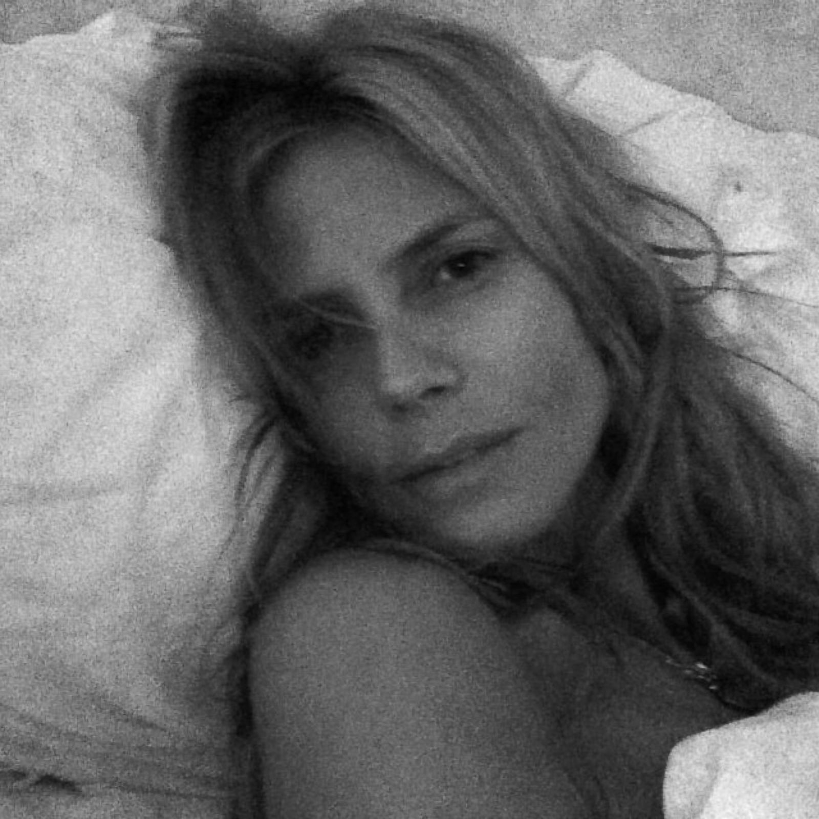 See Heidi Klum Barefaced In Bed Picture Celebrities