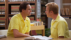 PHOTO Jim Carrey as Steven Russell and Ewan McGregor as Phillip Morris in I LOVE YOU PHILLIP MORRIS, directed by Glenn Ficarra and John Requa.