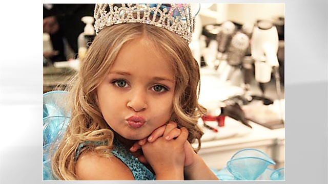 "PHOTO: Isabella Barrett is stirring things up at TLC'S ""Toddlers & Tiaras."""