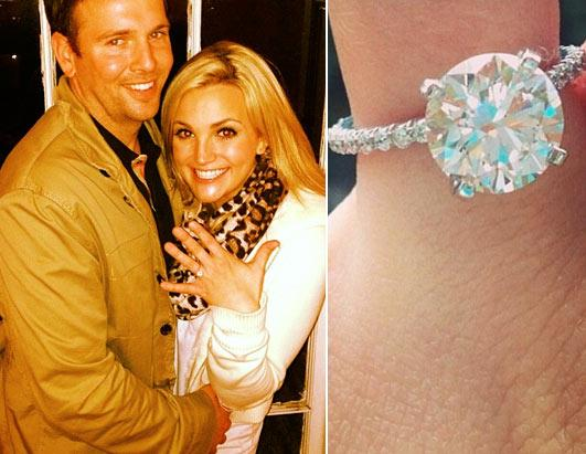 Blake Lively Shows Off Her Ring