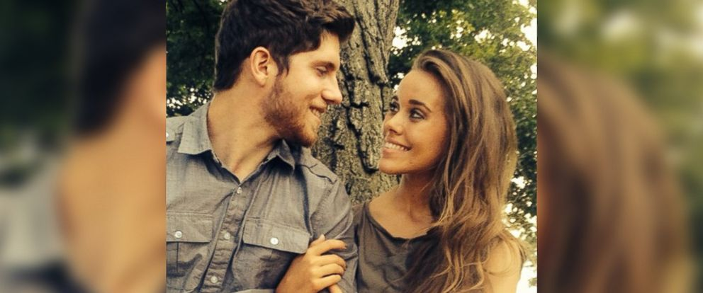 "PHOTO: Jessa Duggar and Ben Seewald of TLCs ""19 Kids and Counting"" are pictured in a photo posted to Duggars Instagram account on Aug. 18, 2014, with the text, ""Time for some engagement photos!"""