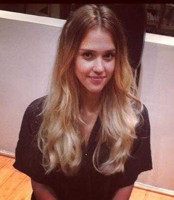 Jessica Alba Goes Blonde