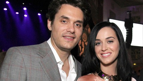 ht john mayer katy perry ml 130625 wblog John Mayer and Katy Perry Kiss and Cuddle in NYC