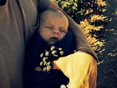 Meet Axl: Josh Duhamel and Fergies Baby Album