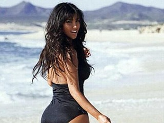 Photos: Kim Kardashian's Sexy Black One-Piece