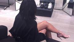 PHOTO: Kim Kardashian Shows Off Her Legs While Shopping
