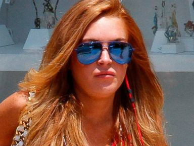 Lindsay Lohan Stays Cool In Short Shorts