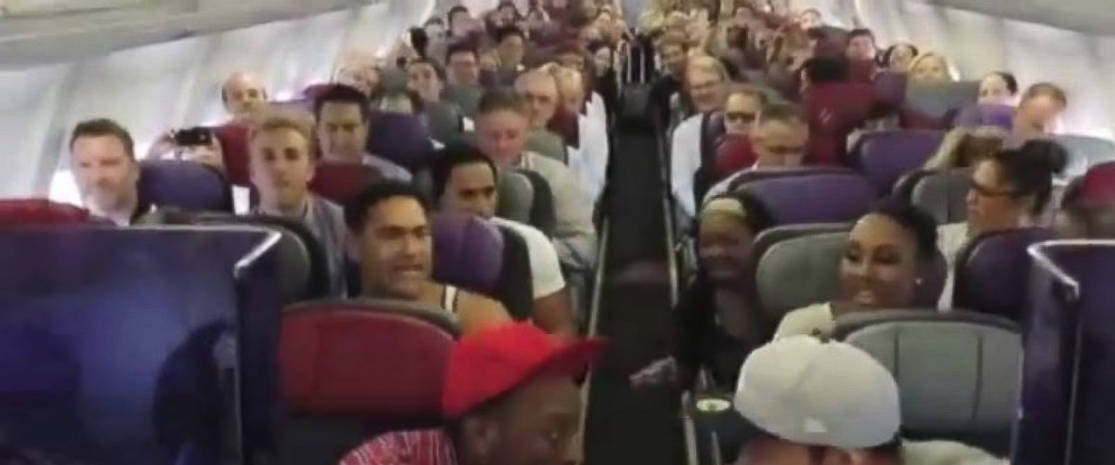 The Lion King Australia cast sings Circle of Life on a flight to Sydney from Brisbane.