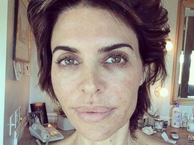 Lisa Rinna Goes Without Makeup
