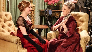PHOTO: Maggie Smith as Violet Crawley, Dowager Countess of Grantham, right, is seen in a scene from the show 'Downton Abbey' on PBS.