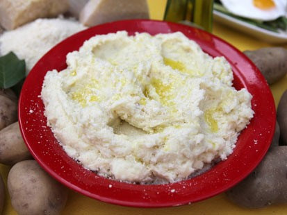 Fabio Viviani's mashed potatoes are shown here.