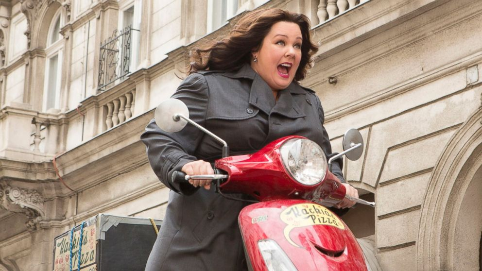 39 spy 39 movie review how funny is this melissa mccarthy comedy abc news. Black Bedroom Furniture Sets. Home Design Ideas